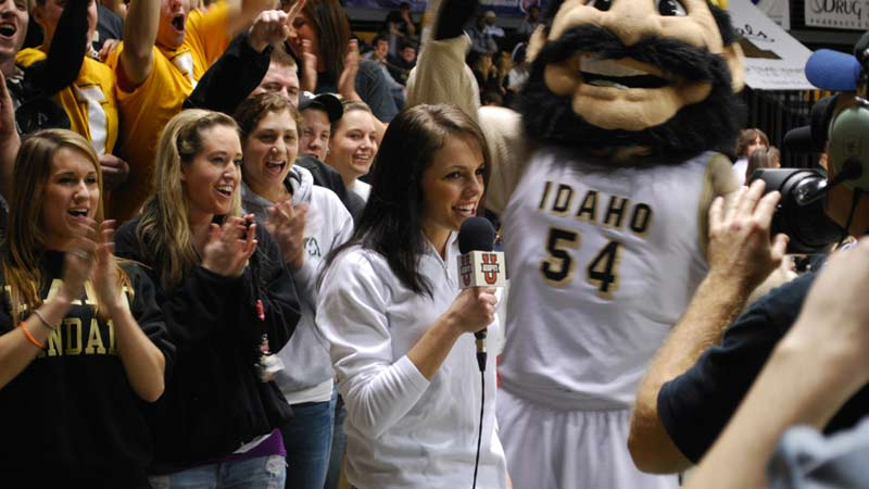 University of Idaho student sports reporter at a Vandal basketball game.