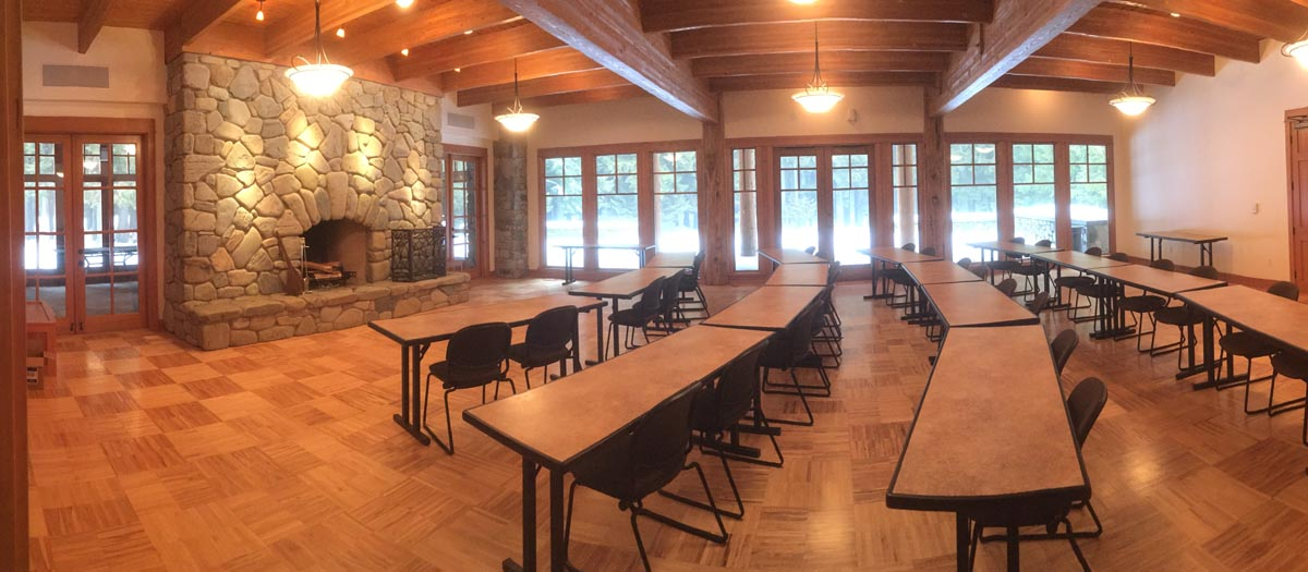 Fireside Dining Hall, seats 55 guests with 21 dining tables (first floor)