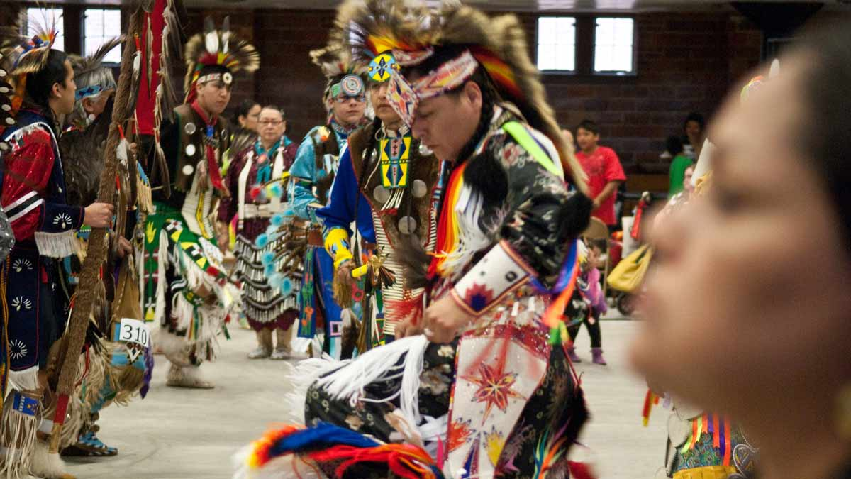 Events native americans participate in the tuxtinmepu powwow ccuart Images