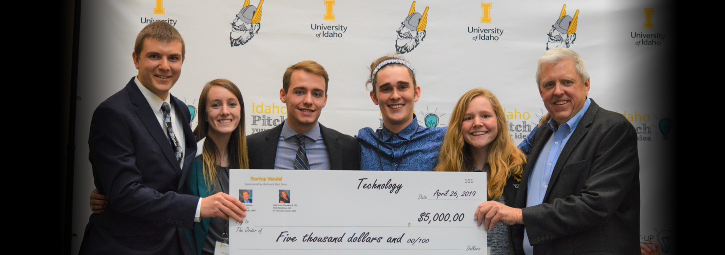 University of Idaho College of Engineering students earned money toward innovative business plans during the College of Business and Economics' Idaho Pitch and Startup Vandal on April 26.