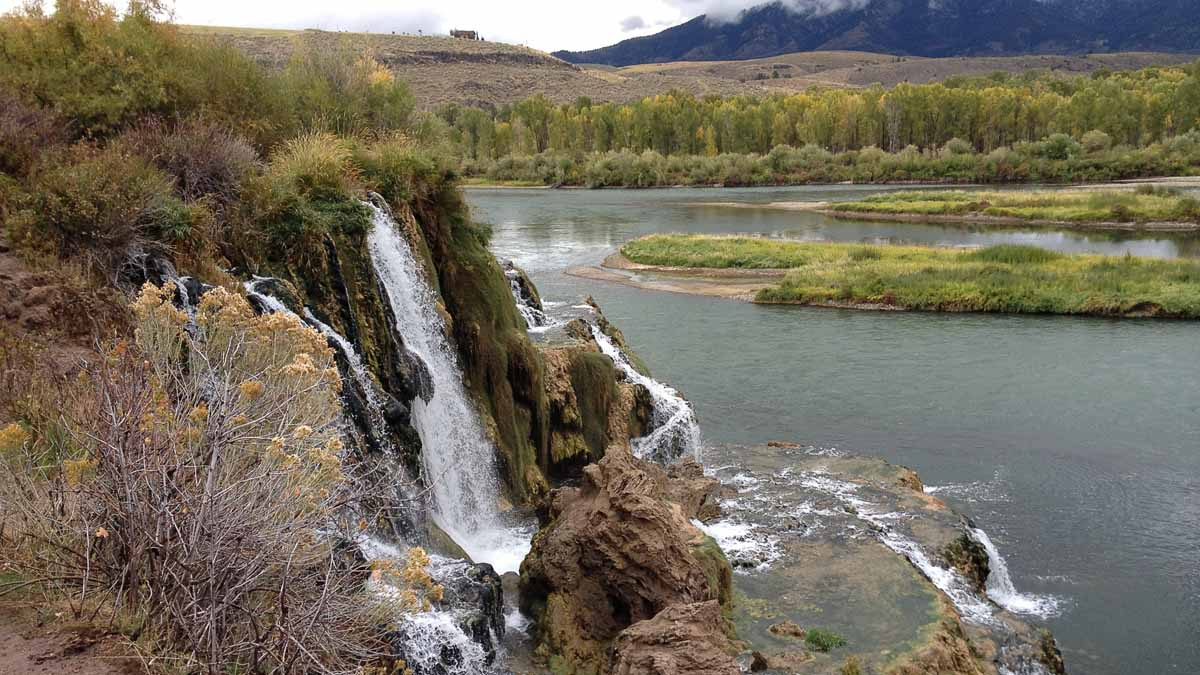 Scenic view of the falls in Idaho Falls